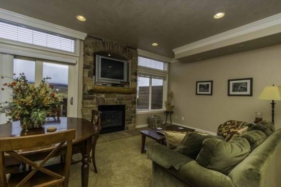 Snowbasin View Condo | Luxury 1 Bedroom | Lakeside Unit 40A - Image 1 - Huntsville - rentals
