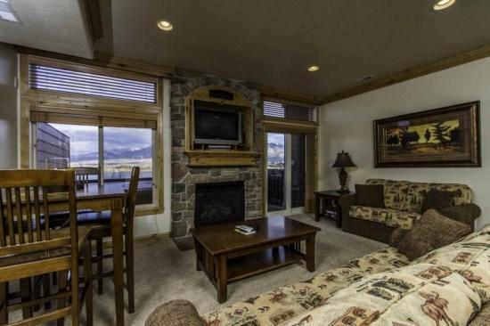Lake Front Huntsville Condo | Luxury 1 Bedroom | Lakeside Unit 72A - Image 1 - Huntsville - rentals