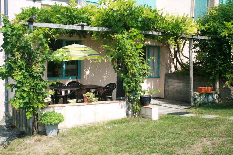 Cottage Bourg - Image 1 - Molieres - rentals