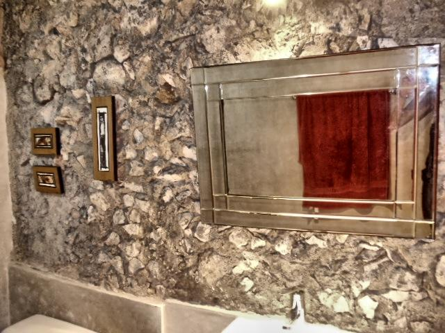 bathroom - B&B La Pantera Negra Yellow Room - Merida - rentals