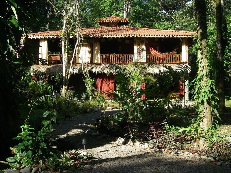 The view of the house from the garden - Angler's Lair--A little slice of heaven - Puerto Viejo de Talamanca - rentals