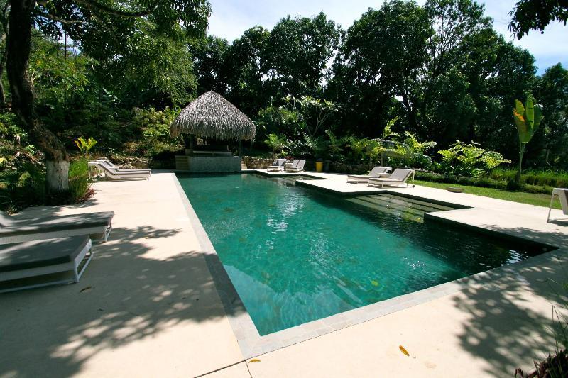 Casa Playa Community Pool - Santa Teresa - New Gated 2 Bedroom. Walk to Beach! - Santa Teresa - rentals