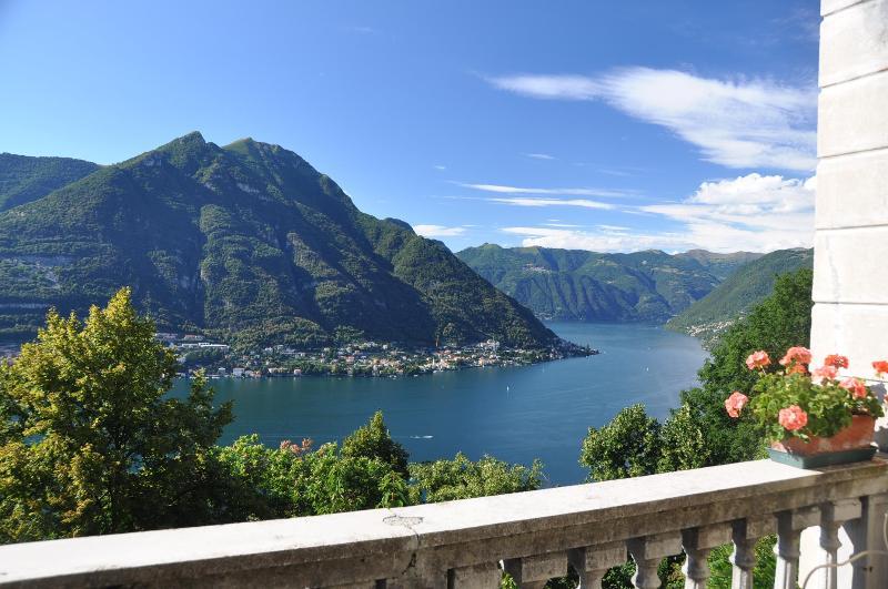 Terrace view - B&B Villa Le Ortensie - Molina di Faggeto Lario - rentals