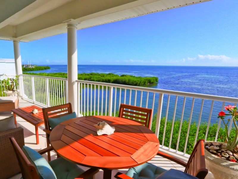 Spectacular view of the Atlantic Ocean from your private balcony! - Spectacular Atlantic Ocean View Condo - Key West - rentals