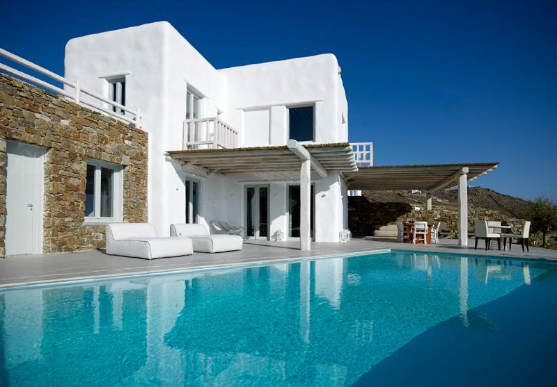 Luxury villa in Houlakia, Mykonos - Image 1 - Mykonos - rentals