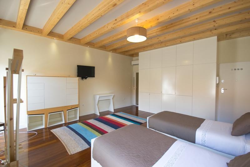 ExtendALL, PORTO Studio 1 - Image 1 - Porto - rentals
