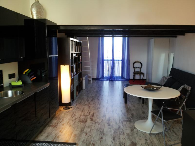 Stylish and comfortable open space - Image 1 - Milan - rentals
