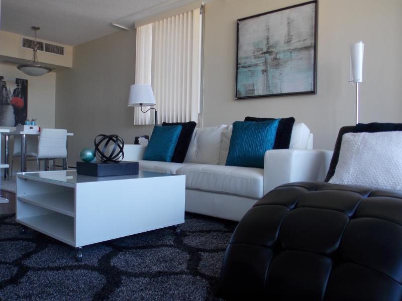 FastLane Suites Grid 5 - Image 1 - Calgary - rentals