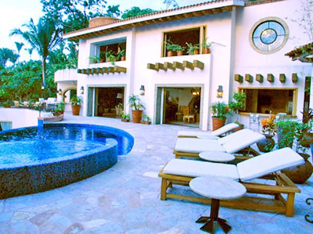 Spectacular Conchas Chinas Villa, stunning views - Image 1 - Puerto Vallarta - rentals