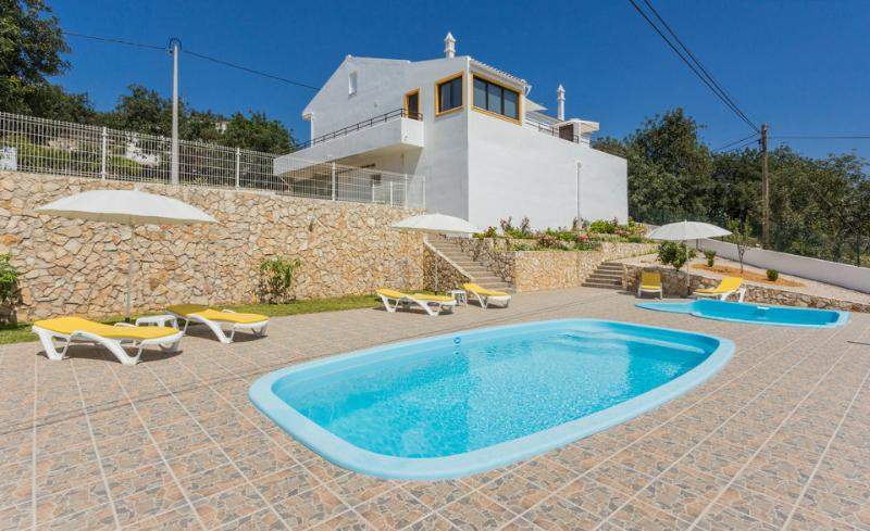 House with pool and terrace in Algarve (East) - Image 1 - Loule - rentals