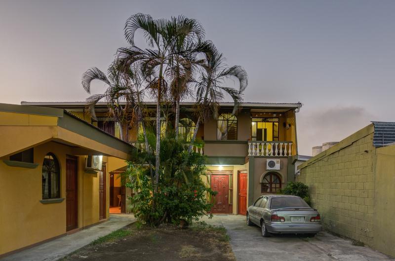 Main View - Cabinas Madeleine Studio - Puntarenas - rentals
