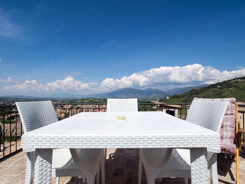 Terrazza Cathedrale, Car Unnecessary - Image 1 - Spoleto - rentals