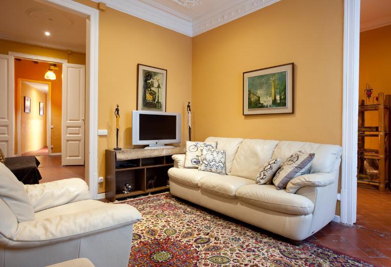 Gran Apartamento Big Ramblas, 4 habitaciones. - Image 1 - Barcelona - rentals