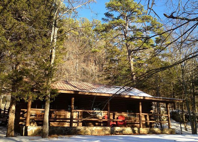 Cinnamon Valley - 'The Lake House' - Image 1 - Eureka Springs - rentals
