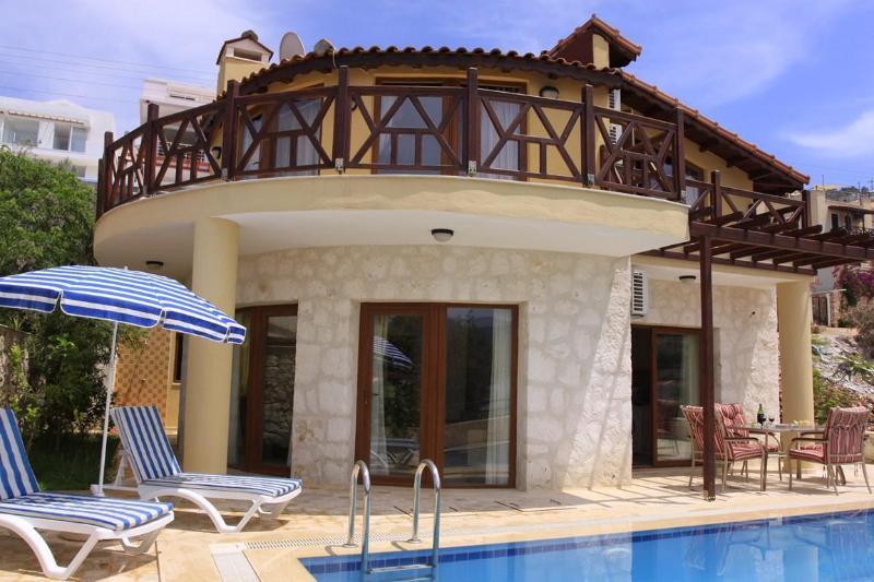 3 bedrooms villa Kisla bay - Image 1 - Kalkan - rentals