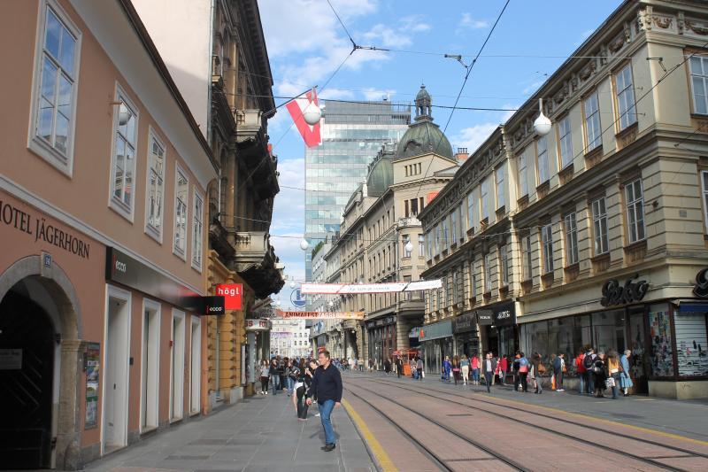 Rose and Margaret room strict centre - Image 1 - Zagreb - rentals