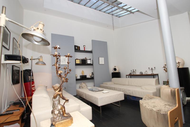 Amazing 1 bedroom Loft around Montmartre - Image 1 - Paris - rentals