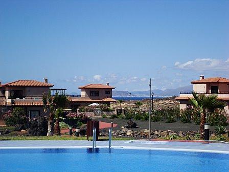 VILLA CALINA AT THE EXCLUSIVE 4*ORIGO MARE RESORT AT MAJANICHO NEAR LAJARES, COTILLO AND CORRALEJO - Villa Calina At The Exclusive 4* Origo Mare Resort - Lajares - rentals