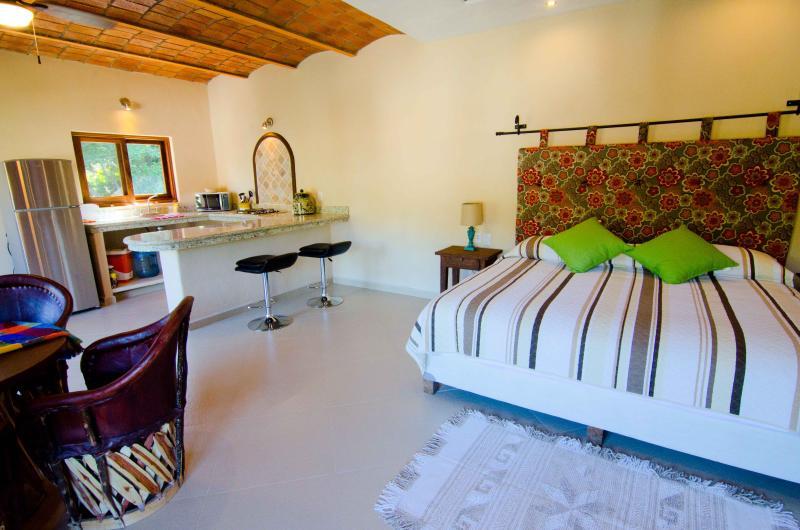 Studio Apartment A -- Casa Sarita - Casa Sarita Sayulita - Apt A - Sayulita - rentals