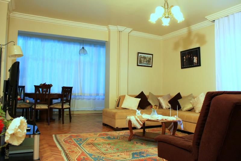 1,2 and 3 are same room  together with drining room, - Rental  Full Furnished Flat At Kadikoy-istanbul - Istanbul - rentals