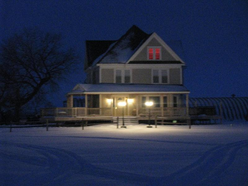 JRR Lodge Winter Evening - Jim River Ranch - Redfield - rentals