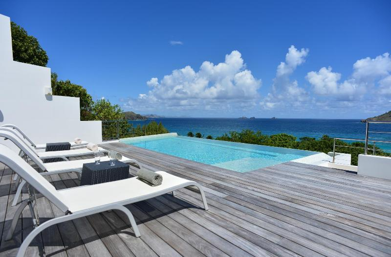 2 Bedroom Villa with Infinity Pool near Flamands Beach - Image 1 - Flamands - rentals