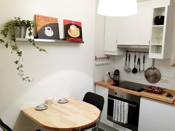 Superbe apparetment place Voltaire - Image 1 - Paris - rentals