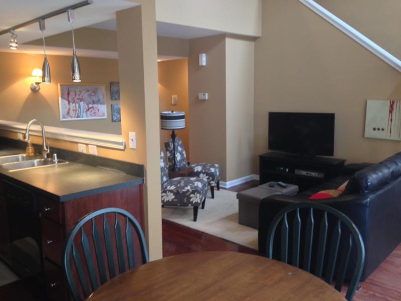 Dining,Kitchen Living area - Baxter Avenue - Louisville - rentals
