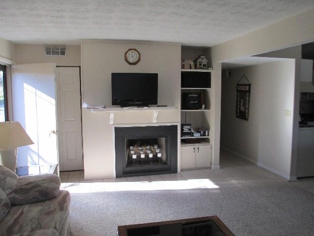 Living Room - 016-3 - Bronston - rentals
