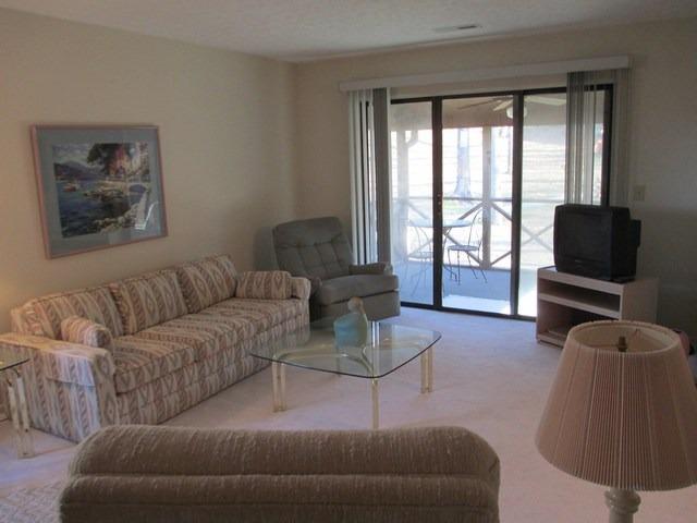 Living Room - 043-2 - Bronston - rentals