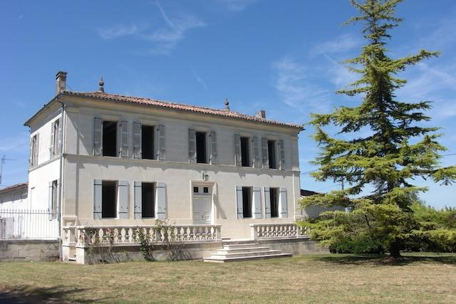 Front Elevation - Old Cognac Distillery, Private Pool and Grounds - Perignac - rentals
