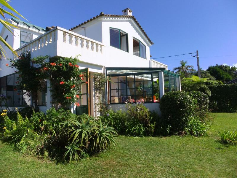 Side view of the villa - B&B in a qiet villa in the middle of Nature - Candelaria - rentals