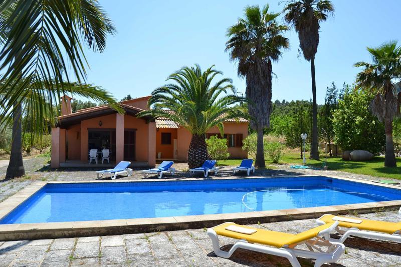 Beautiful house Majorca with pool and tenniscourt - Image 1 - Alaro - rentals