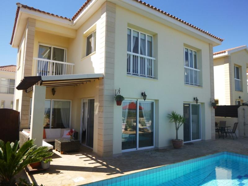 Medsun Villa - Image 1 - Paralimni - rentals