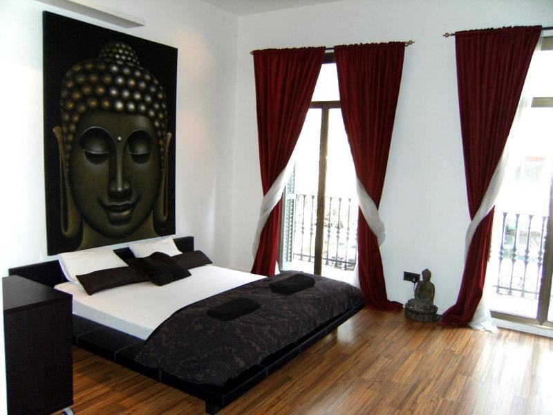 Modern apartment near Rambla - Image 1 - Barcelona - rentals