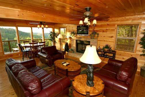 Living Room - Bear Crossing - Gatlinburg - rentals