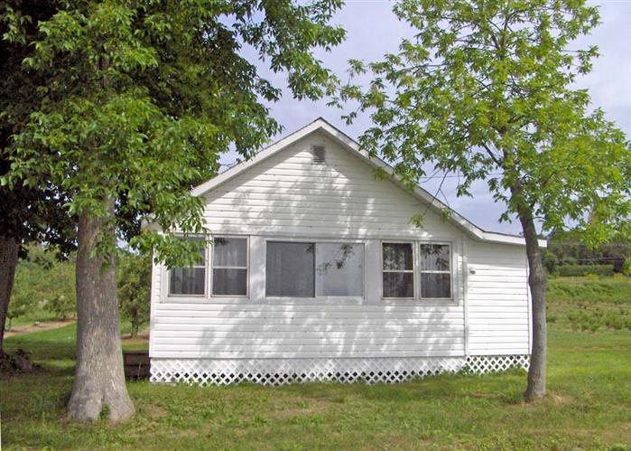 Creasy's Cottages - PEAR PLACE - Image 1 - Prince Edward County - rentals