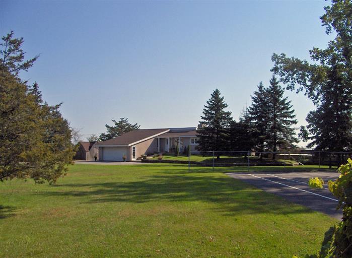 Million Dollar Vista - Image 1 - Prince Edward County - rentals