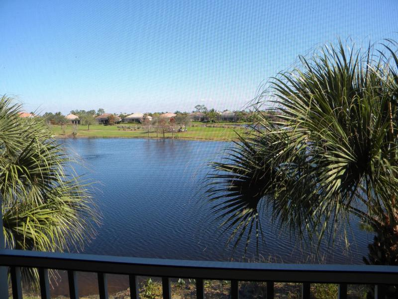 Vacation Condo at Crown Colony - Image 1 - Fort Myers - rentals