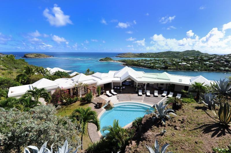 5 Bedroom Villa with Private pool in Montjean - Image 1 - Marigot - rentals