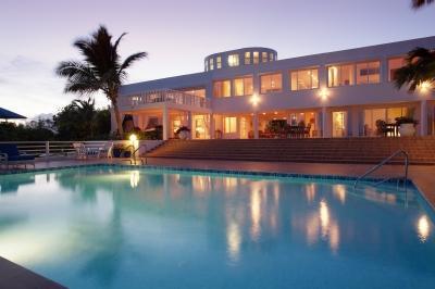 Spacious 7 Bedroom Oceanfront Villa in Cul de Sac - Image 1 - Cul De Sac - rentals