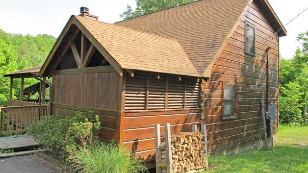 BEARS DEN - Image 1 - Sevierville - rentals