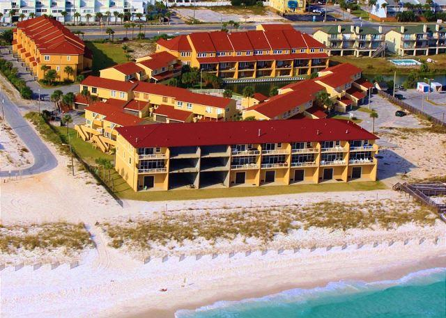 This Gulf side town home complex has direct beach access, two pools and gated access. - Regency Cabanas #E3 - Pensacola Beach - rentals