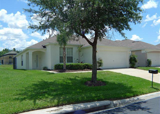 Casa Notta (Sunny410s) - Spacious One Story, Great Location! - Image 1 - Davenport - rentals