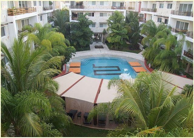 AMAZING CONDO - VERY COMFORTABLE - COULD BE A 4 BEDROOMS - Great Location - Image 1 - Playa del Carmen - rentals