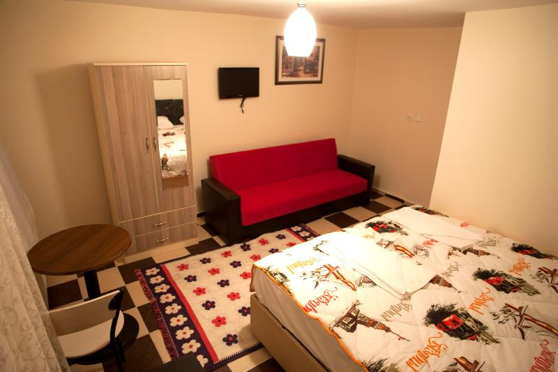 Cheap Flat With Terrace in Taksim Istanbul - Image 1 - Istanbul - rentals