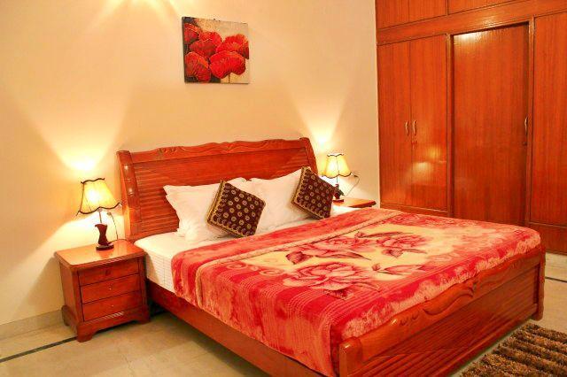 Serviced Apartment near Fortis Hospital Gurgaon - Image 1 - Gurgaon - rentals