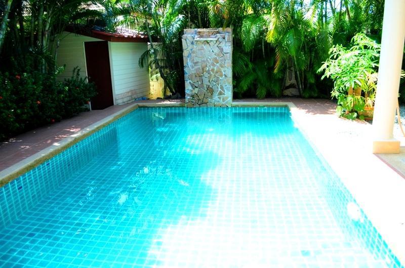2 BR - Private pool big huge villa in Naiharn - Image 1 - Sao Hai - rentals