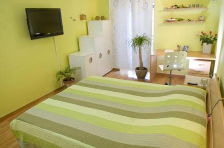 main bedroom with small sofa bed for kid - Charming apartment Marmont in the heart of town Sp - Split - rentals