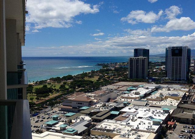 Ala Moana Hotel 35th Floor Studio - Image 1 - Honolulu - rentals